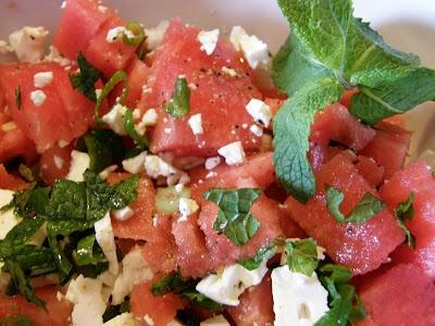 Wassermelonen Salat mit Rucola, Minze und Feta