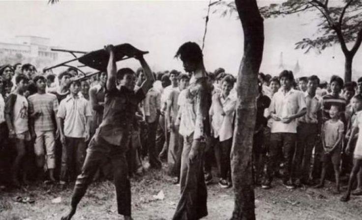 Inilah Sejarah Komunisme yang Tak Boleh Dilupakan  KONFRONTASI - Tgl 31 Oktober;1948 : Muso di Eksekusi di Desa Niten Kecamatan Sumorejo Kabupaten Ponorogo. Sedang MH.Lukman dan Nyoto pergi ke Pengasingan di Republik Rakyat China (RRC).  Akhir November 1948 : Seluruh Pimpinan PKI Muso berhasil di Bunuh atau di Tangkap dan Seluruh Daerah yg semula di Kuasai PKI berhasil direbut antara lain : Ponorogo Magetan Pacitan Purwodadi Cepu Blora Pati Kudus dan lain'y.  Tgl 19 Desember 1948 : Agresi…