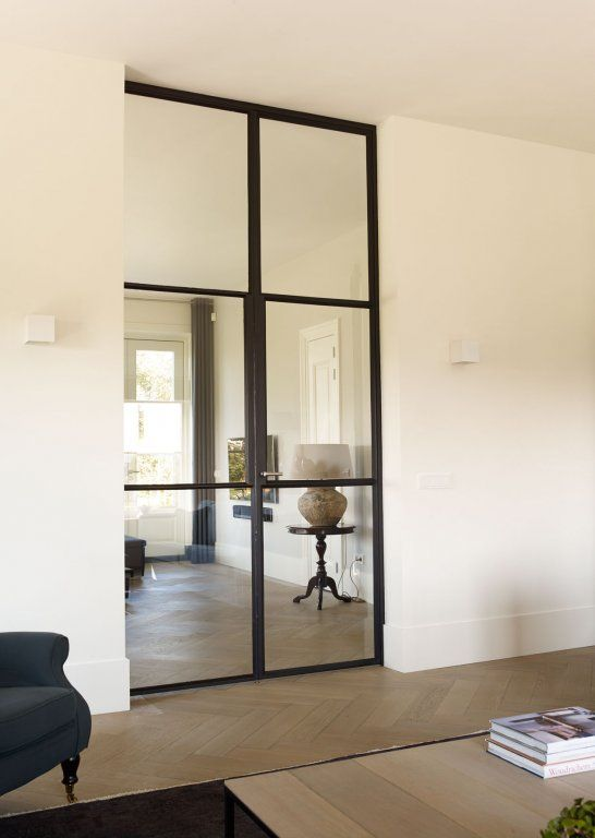 design-stalen-deuren-in-hal