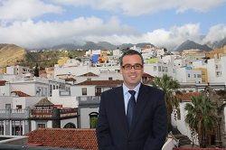 Sergio Matos, alcalde de Santa Cruz de La Palma, en la azotea del Ayuntamiento.