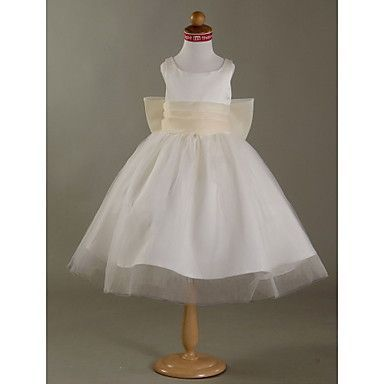 Little girls Flower Girl dress, First Communion dress or Girls party dress available in ivory or white