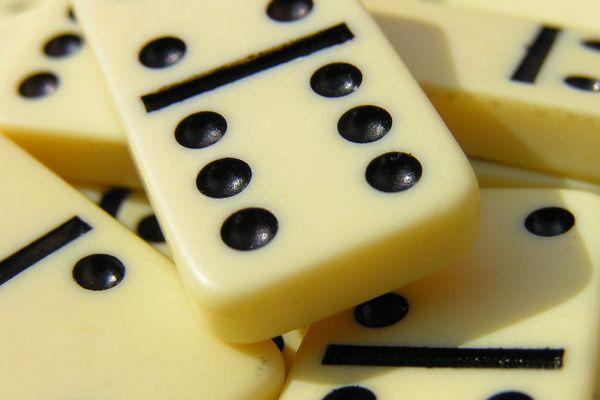 Strategy Bermain Di Domino Kiu-Kiu Online  http://itucasino.com/itucasino---strategi-bermain-di-domino-kiu-kiu-online.php