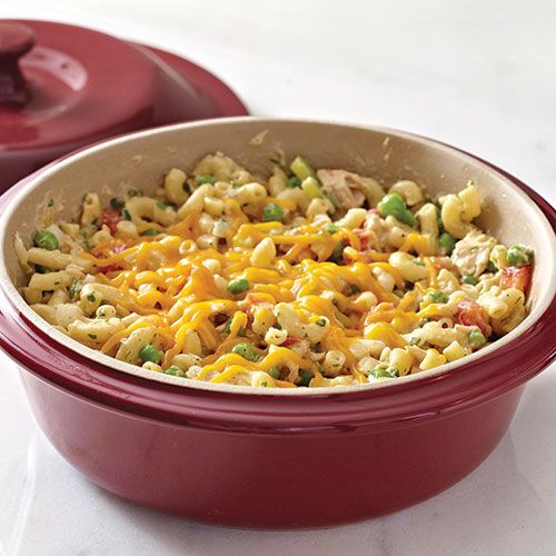 Tempting Tuna Casserole - The Pampered Chef® I love PC!! Shop now or join my team @ www.pamperedchef.biz/emileeskitchen, join me on Facebook Emilee's Pampered Chef Kitchen. Contact me to get some FREE :)