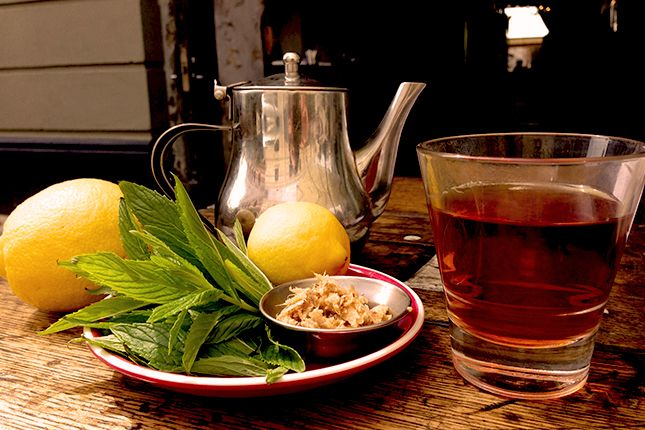 moroccan mint tea with lemon and ginger