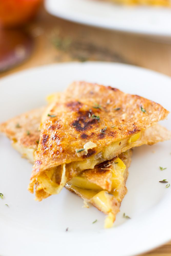 Apple, Gouda and Caramelised Onions Quesadillas are sprinkled with fresh thyme and are a perfect easy dish to start fall!