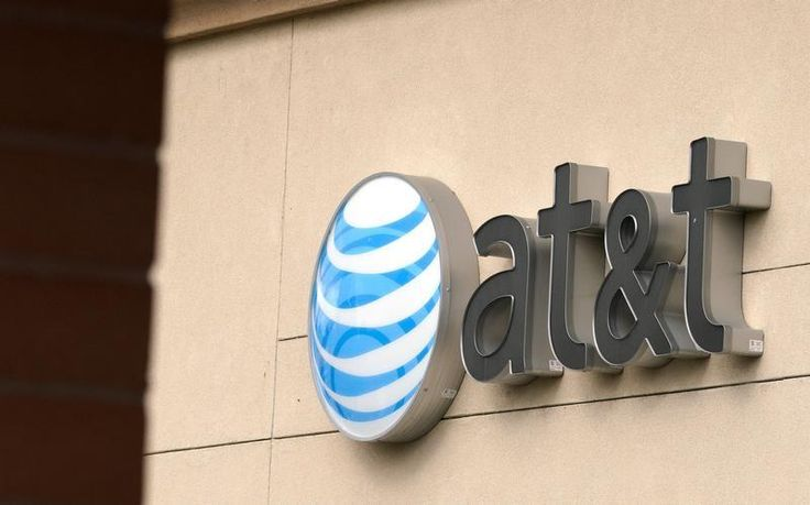 U.S. federal government ways 18 states to battle AT&T-Time Warner deal
