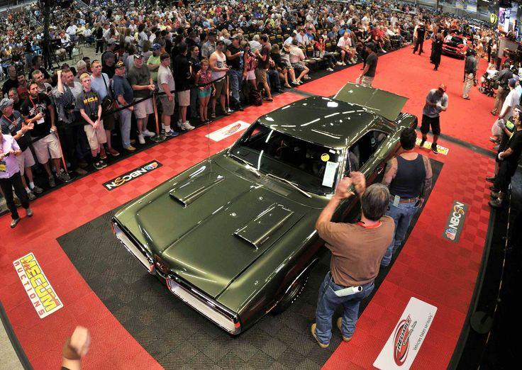 20 best mecum auto auctions images on pinterest auction. Black Bedroom Furniture Sets. Home Design Ideas