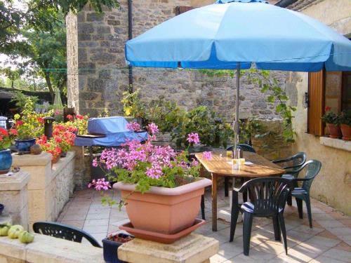 La Grange and Le Cottage - Converted barn Holiday Rental in Beynac Et Cazenac, Dordogne, France