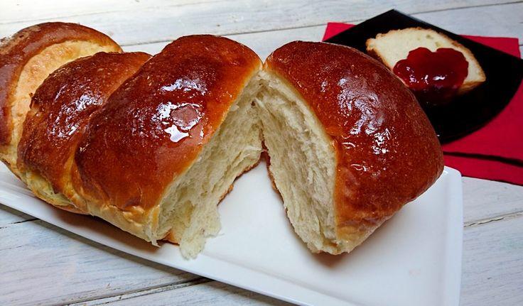 la brioche vendéene con pasta madre è una brioche sofficissima perfetta da accompagnare alla marmellata per la colazione di tutti i giorni