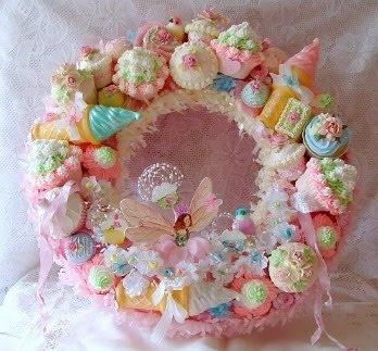 cute cupcake wreath