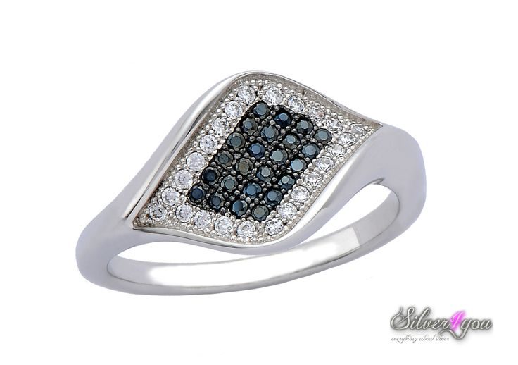 Silver ring with beautiful white and black stones!!! <3