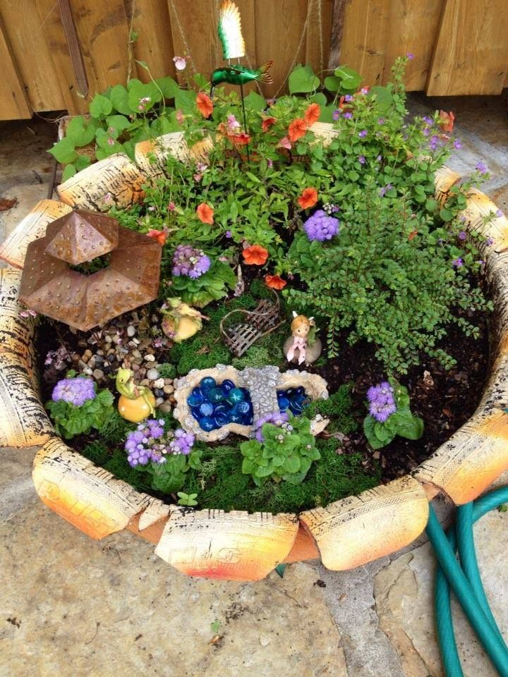 Gnome In Garden: 49 Best Fairy And Gnome Gardens Images On Pinterest
