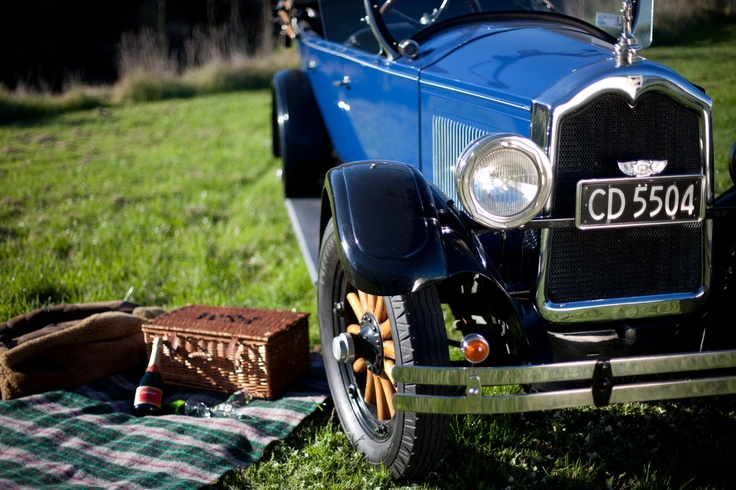 Fancy a Picnic? The Stunning 1927 Buick! www.hooters-hire.co.nz