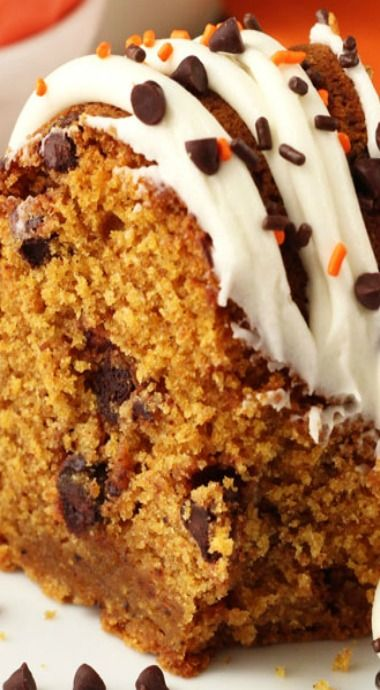 Pumpkin Chocolate Chip Bundt Cake ~ super moist and delicious