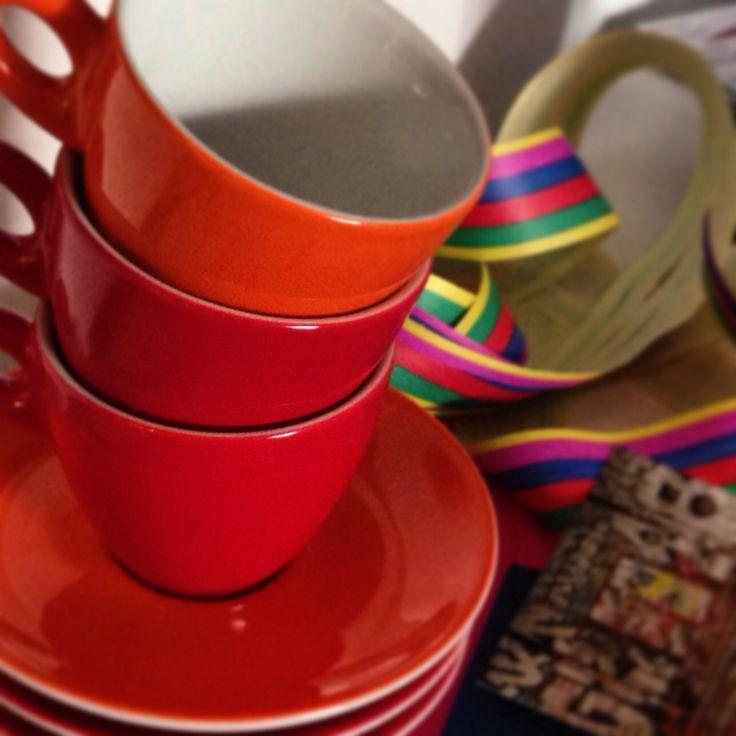 Rote Cappuccino-Tassen von Walküre