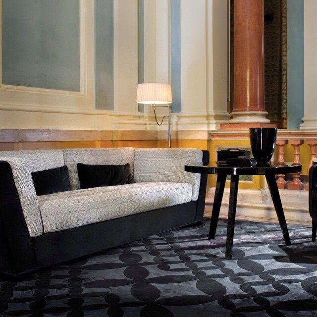 #illulian #domedizioni #milano #expo2015 #luxury #luxuryliving #handmade #tappeto #italy #design #designer #seta #silk #custommade #custom #handmade #amazing #montenapoleone #rug #luxurious #puresilk #interiordesign #interior #bespoke #TagsForLikes #picoftheday #style #decor #decoration #architecture #дизайнинтерьера
