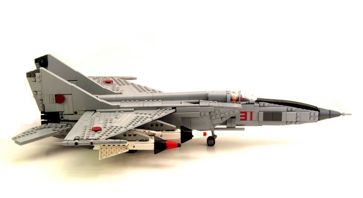 LEGO MiG31. Holy crap that is nice.