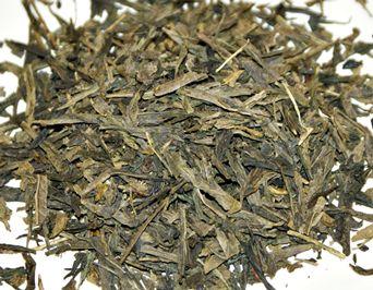 Typisch gedämpfter Tee aus Japan: Bancha  http://blog.teecetera.at/blog/gruener-tee-das-wesentliche-kurz-zusammengefasst/