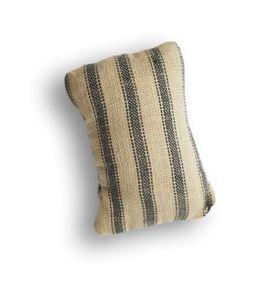 JofiaD-firstwarmfrost-pillow-sh.png