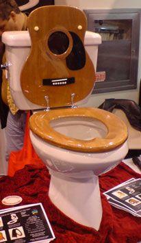 guitar toilete cool funny interesting amazing 200907301915395659 Weird toilete seats design
