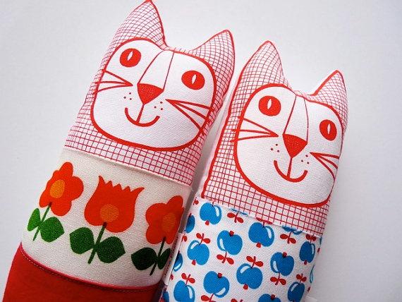 Original 70s Scandinavian fabric #handmade #cat toy plush softie by Jane Foster on #etsy