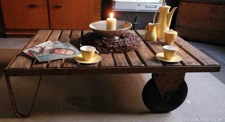 antieke industriele kar salontafel buitentafel loft