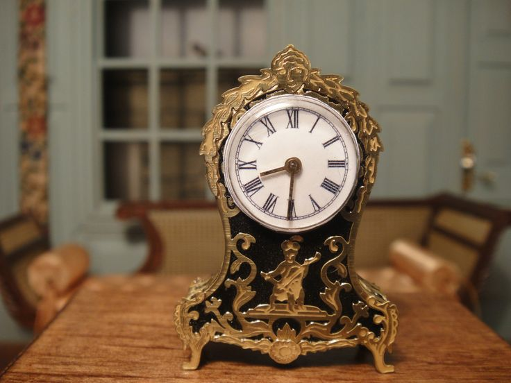 Keith Bougourd's dollhouse miniature Boulle clock working and signed