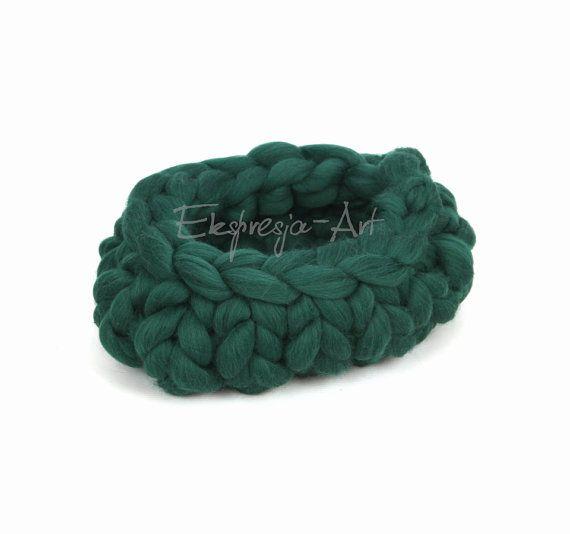 Wool basket / cocoon  GREEN ductile ,  photo prop, baby photo props, merino…
