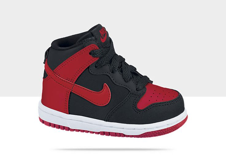boys nike dunks