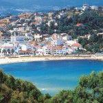 Tabarka est une petite ville côtière, située au nord ouest de la Tunisie.Son nom est étymologiquement d'origine berbère et signifierait « pays des bruyères ». L'histoire de la ville est un panachage des civilisations…