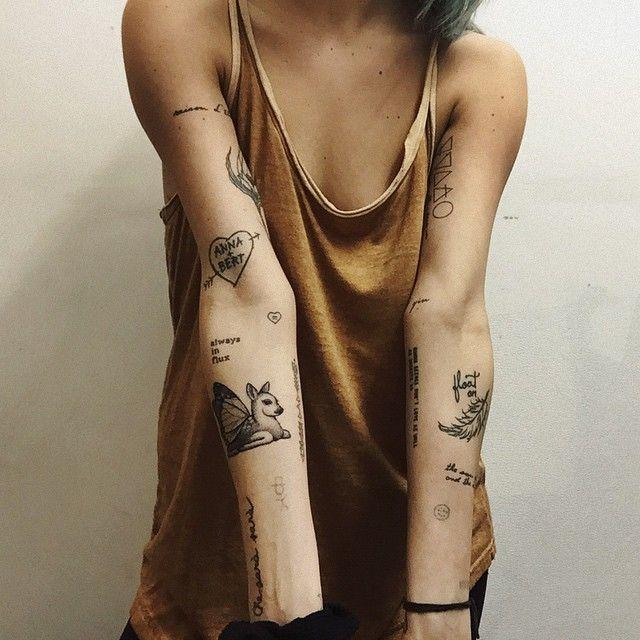 gosto da ideia de ter varias tatoo avulsas no braço.