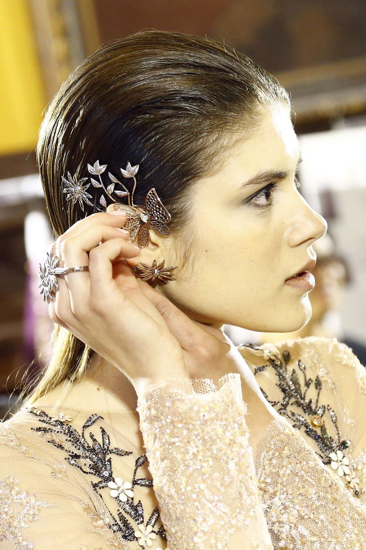Hair accessories singapore - Backstage Beauty At Couture A W 16