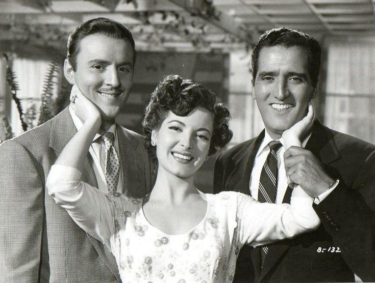 Alma Rosa Aguirre, junto a Manolo Fábregas y Abel Salazar.
