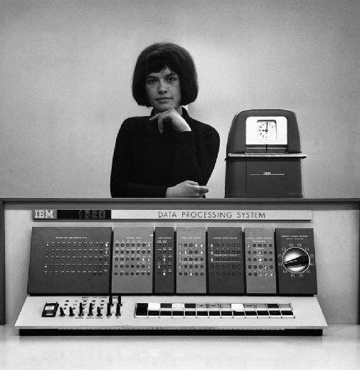 """The IBM 1620, an affordable """"scientific computer"""" from 1959.   via @ boingboing"""