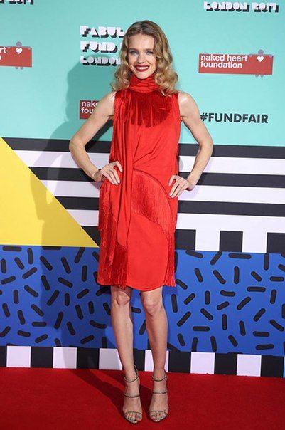 Наталья Водянова, Карли Клосс и другие на благотворительной ярмарке Fabulous Fund Fair в Лондоне