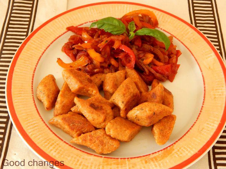 Paprykowe kopytka z kaszy jaglanej Vegetarian recipes