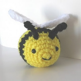 Amigurumi Bear Maya : 1000+ ideas about Crochet Bee on Pinterest Crochet Bear ...