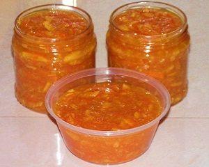 Апельсиновый джем Ароматный апельсиновый джем с лимонным соком - отличное начало дня. Наслаждайтись им намазав на поджаренные тосты, запивая бодрящим кофе или чаем. Апельсиновый джем рецепт Состав: 4 больших апельсина 1,25 л воды 500 г сахара сок 1 лимона 1 столовая ложка бренди или водки Приготовление: