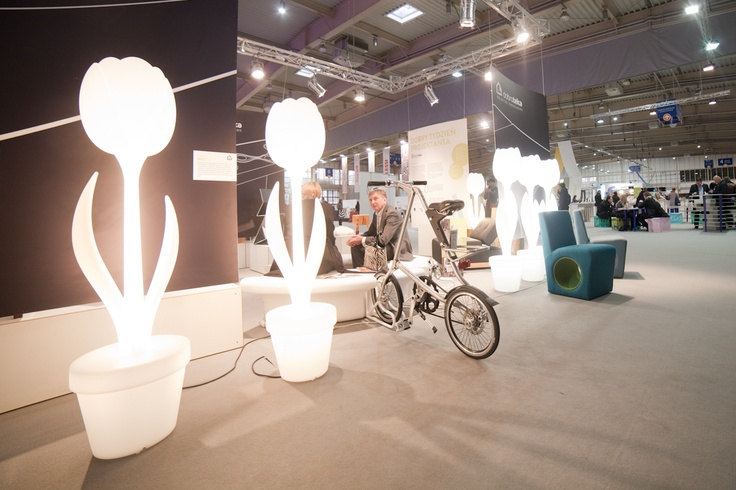 Poznan Poland, Lampy Tulip XL, Arena Design 2013 [fot.Artur Zawisza]