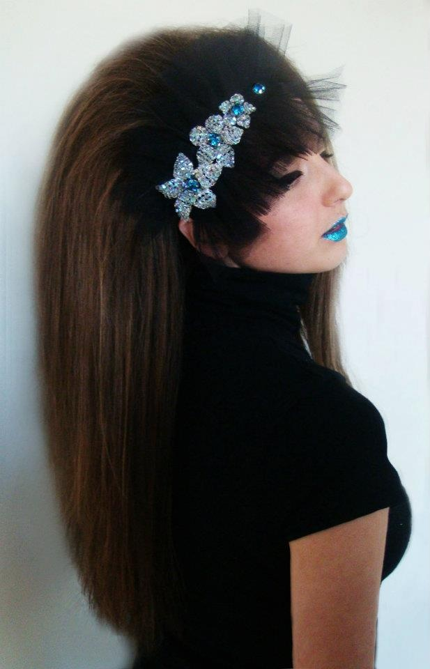 handmade kouaf with black tulle and handmade flowers with strass