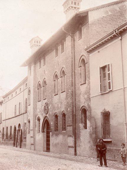 Palazzo Sforza in un'immagine di repertorio