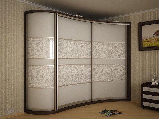 Угловой шкаф - купе в спальню - вместо маленькой гардеробной