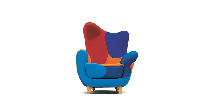 Injected flame-retardant foam over internal steel frame. Feet, screwed to the frame, in natural beech or black. Alessandra is available in felt or leather in two color or multicoloured established version. No removable covers.