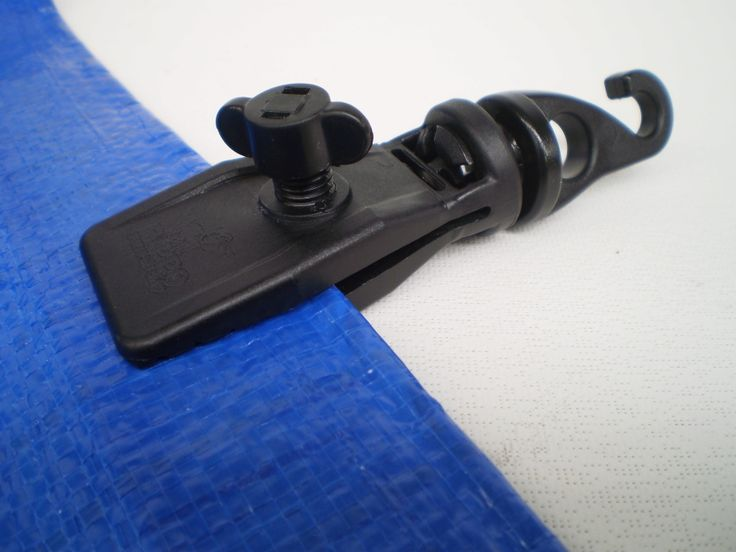 HIPPO SWIVEL CLIPS - GEORGE TAYLOR'S STORE