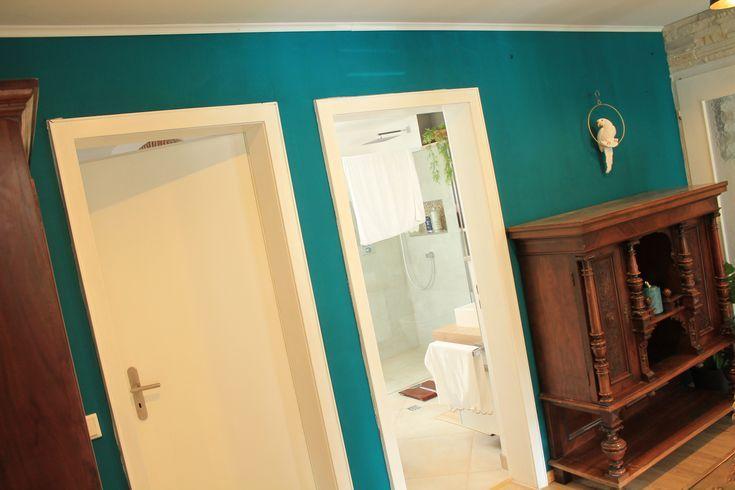 Color Wandfarbe Quot Petrol Quot Obi Design Farbe Streichen Farbakzente Setzen Wandfarbe Petrol Wandfarbe Schwarze Wand
