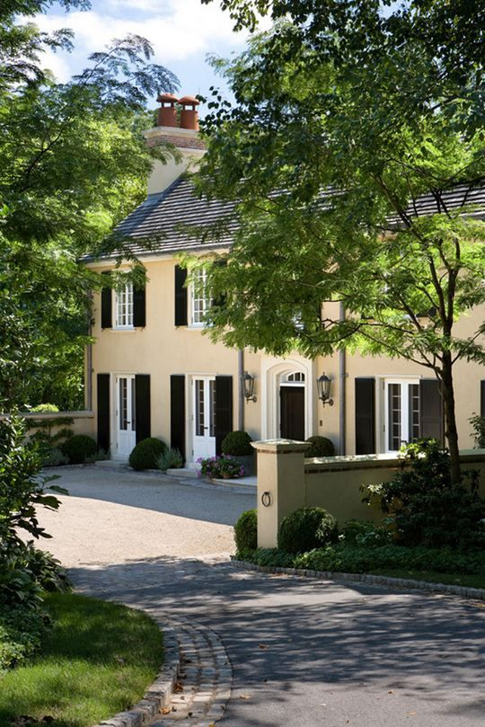 Best 25 french colonial ideas on pinterest colonial for French style homes exterior