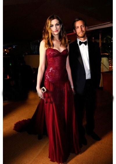 Anne Hathaway Sweetheart A-Ling Long-Train Sleeveless Chiffon Oscar Dress