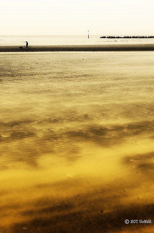 Dunkerque Beach Scene