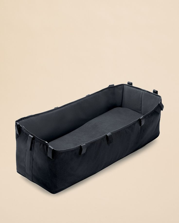 Add this Bassinet Base to your Bugaboo Donkey Mono to make it a twin stroller for two children of the same age. | Includes bassinet fabric, mattress, wooden board and 3 fillets  | Ideal for children 0