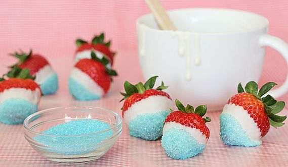 Blog Crush: Taste and Tell 4th of July Week - Dipped Strawberries - Foodista.com